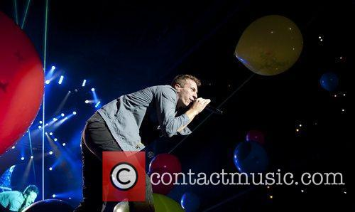 Chris Martin and O2 Arena 4