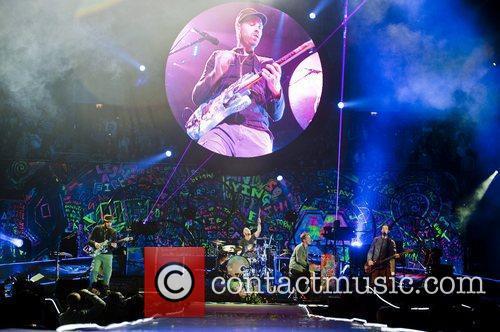 Chris Martin and O2 Arena 21