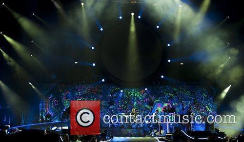Chris Martin and O2 Arena 23