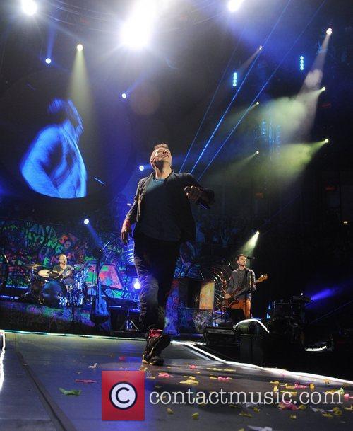 Chris Martin and O2 Arena 29