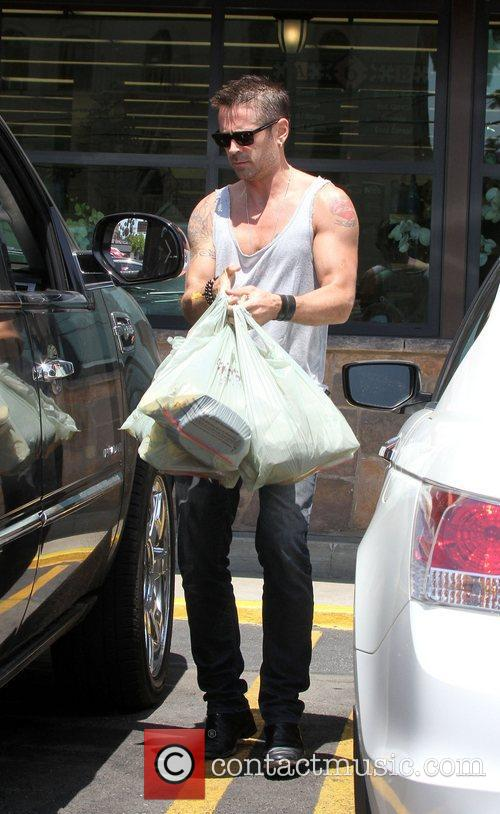 Colin Farrell leaving Gelson's Supermarket after a spot...