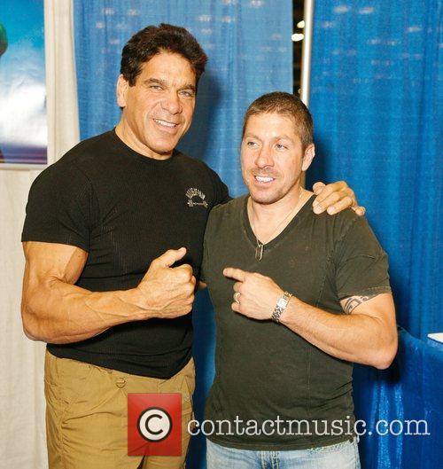 Lou Ferrigno and Ray Parker at Comic Con...