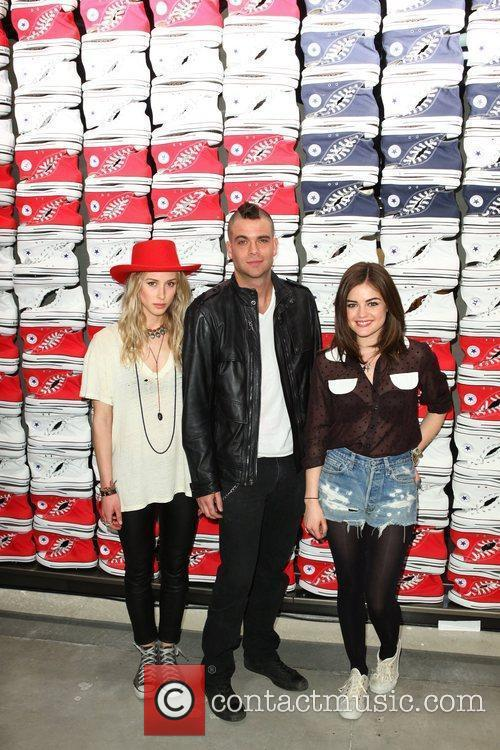 Gillian Zinser, Lucy Hale and Mark Salling 7