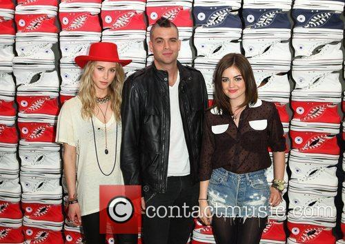 Gillian Zinser, Lucy Hale and Mark Salling 3