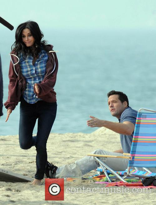Courteney Cox, Brian Van Holt, Cougar Town and Venice Beach 11