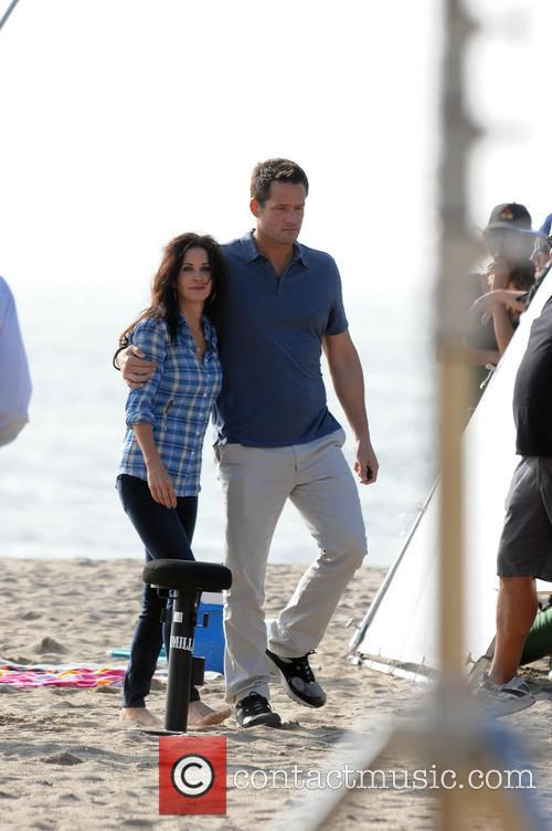 Courteney Cox, Brian Van Holt, Cougar Town and Venice Beach 6