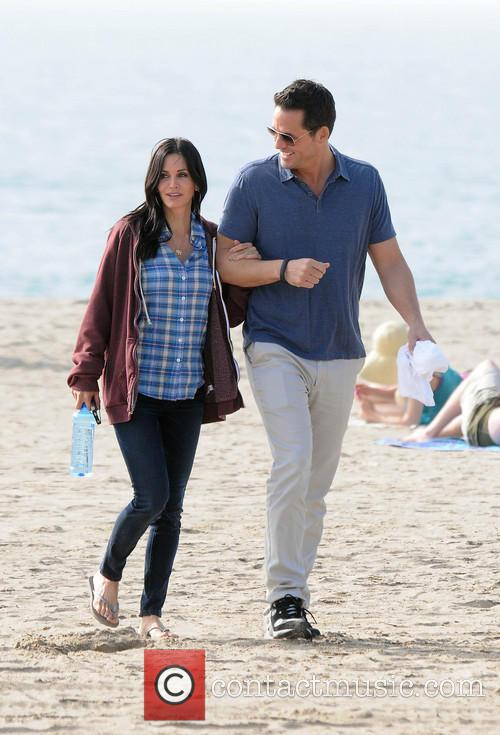 Courteney Cox, Brian Van Holt, Cougar Town and Venice Beach 13