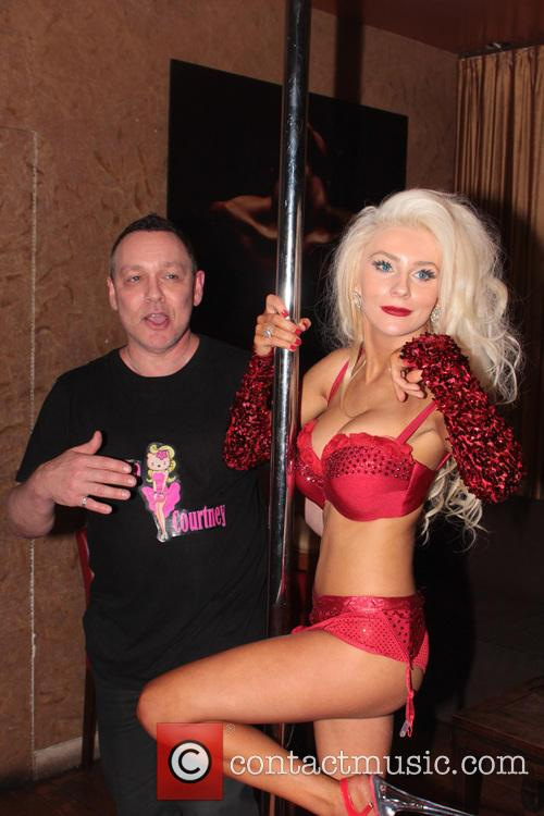 Courtney Stodden and Doug Hutchison 5