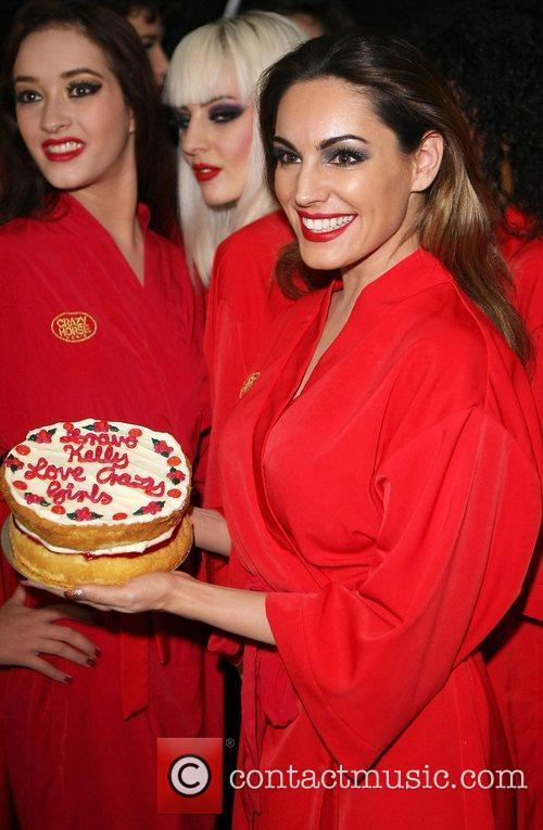 Kelly Brook, Crazy Horse, The Forever Crazy Spiegel and Tent 6