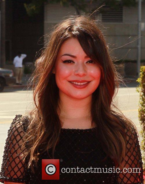 Miranda Cosgrove and Emmy Awards 4
