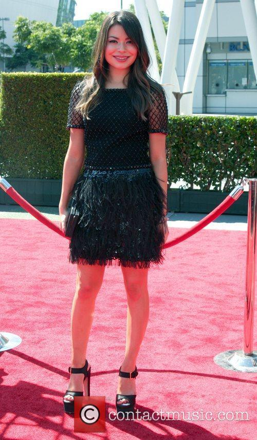 Miranda Cosgrove and Emmy Awards 5