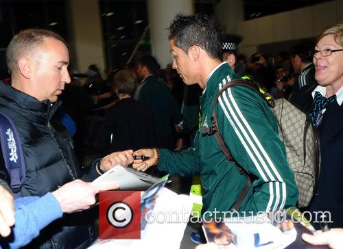 Cristiano Ronaldo, Manchester Airport, Real Madrid's and Manchester Cit 2