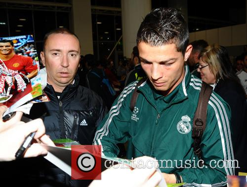 Cristiano Ronaldo, Manchester Airport, Real Madrid's and Manchester Cit 4