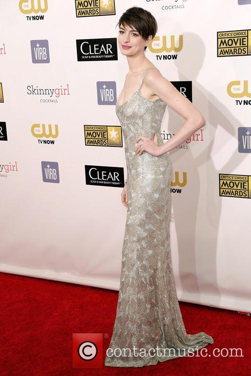 anne hathaway 18th annual critics choice movie 20051604