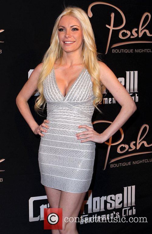 Crystal Harris 3