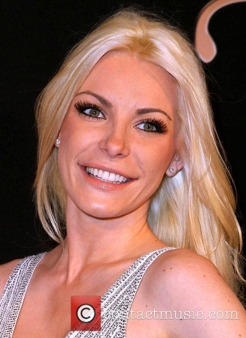 Crystal Harris 5