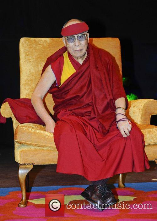 his holiness the dalai lama speaks at 3952245