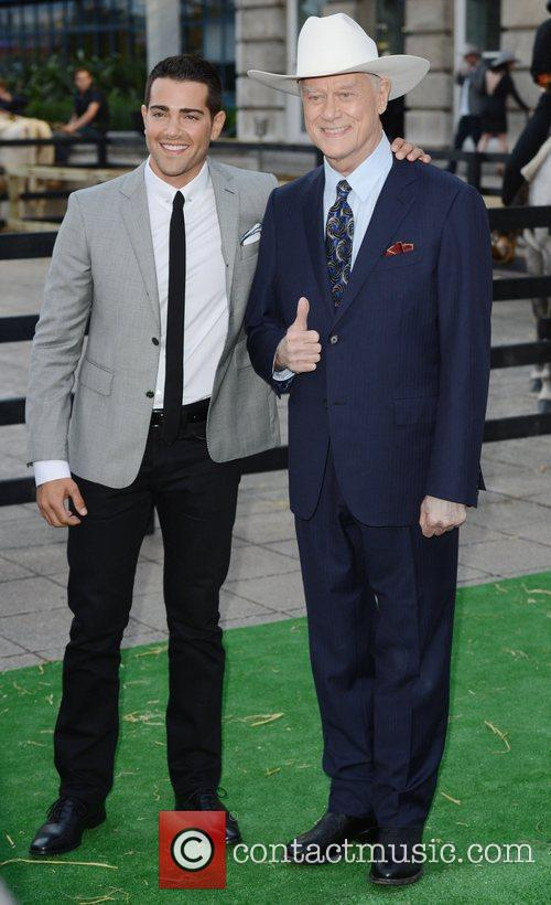 jesse metcalfe and larry hagman at the 4042134