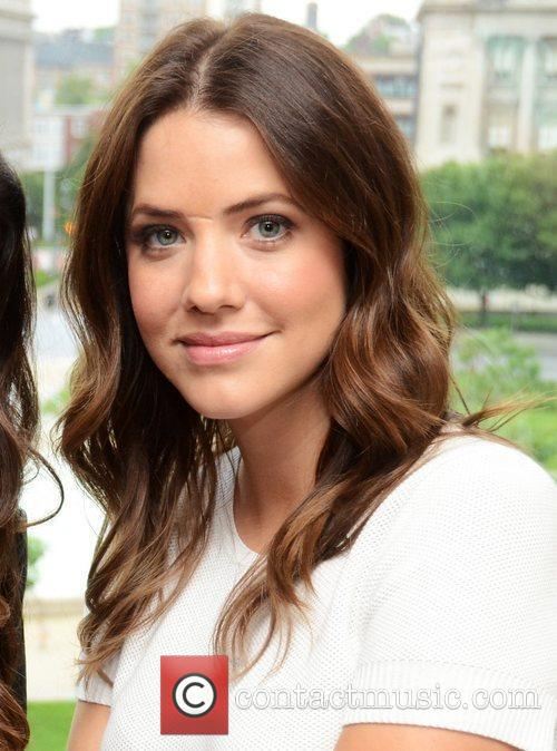 julie gonzalo tnts dallas press junket at 5859036