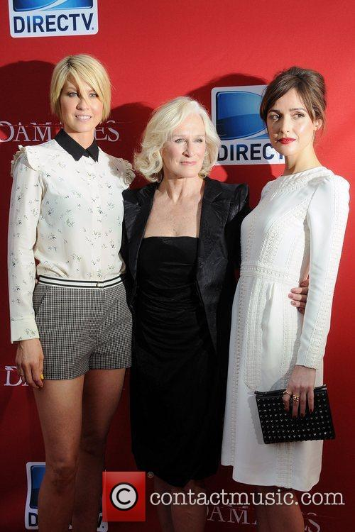 Jenna Elfman and Glenn Close 3