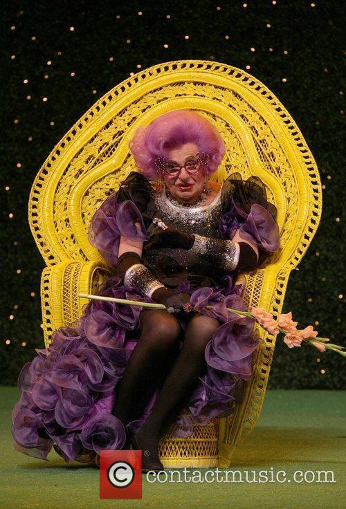 Barry Humphries 9