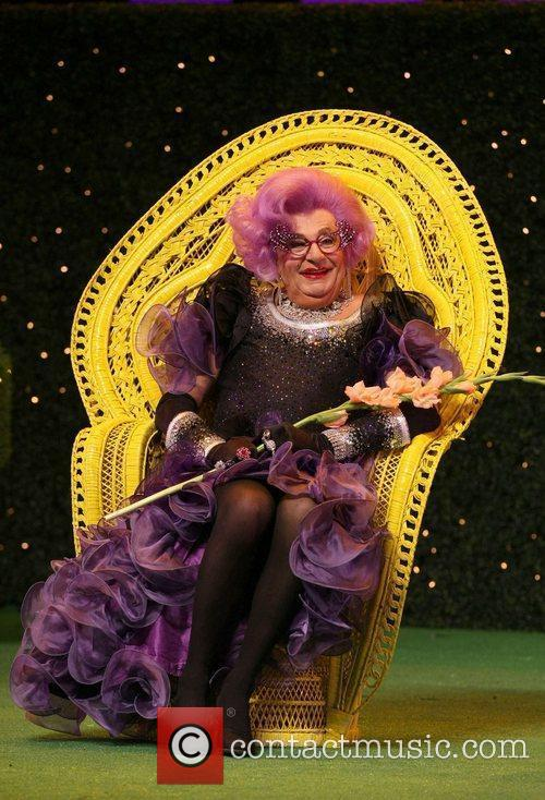 Barry Humphries 16