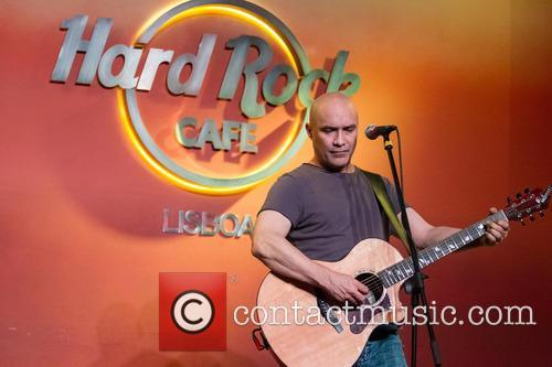 Dan Reed performing live at Hard Rock Cafe...