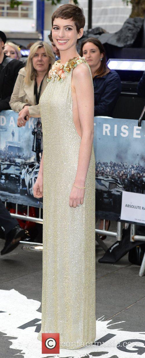 Anne Hathaway 13