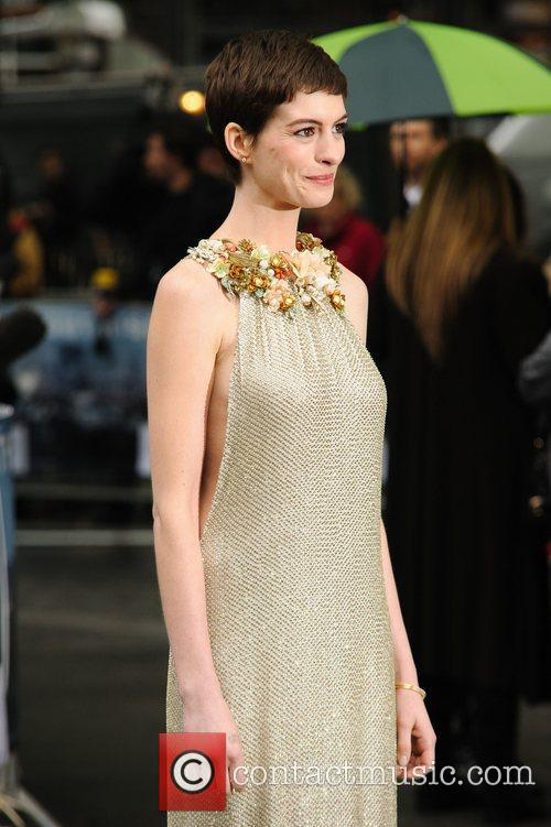 Anne Hathaway 44