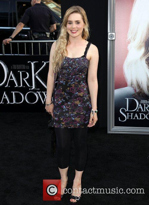 Alison Lohman and Grauman's Chinese Theatre 3
