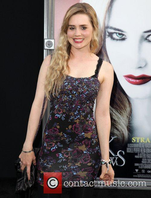 Alison Lohman and Grauman's Chinese Theatre 4