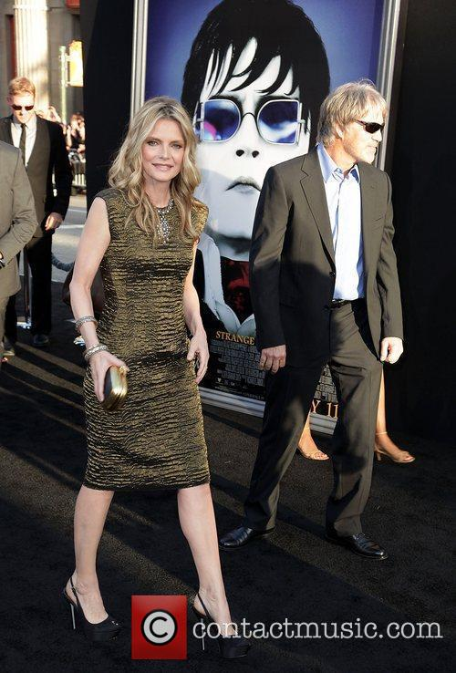 Michelle Pfeiffer, David E Kelley and Grauman's Chinese Theatre 7