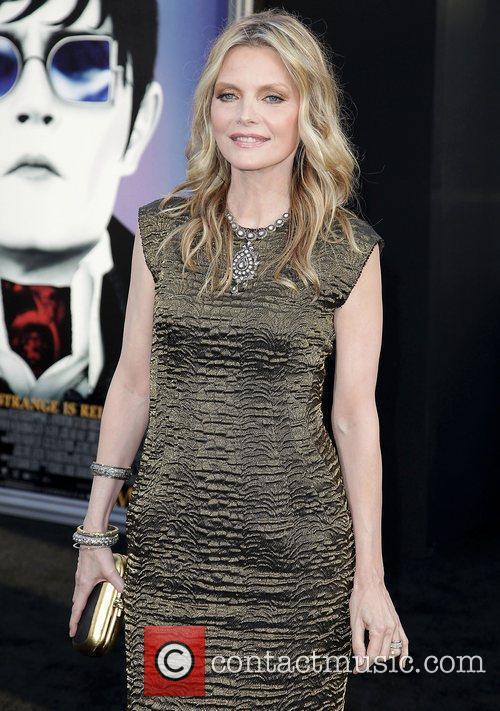 Michelle Pfeiffer Dark Shadows Premiere at Grauman's Chinese...