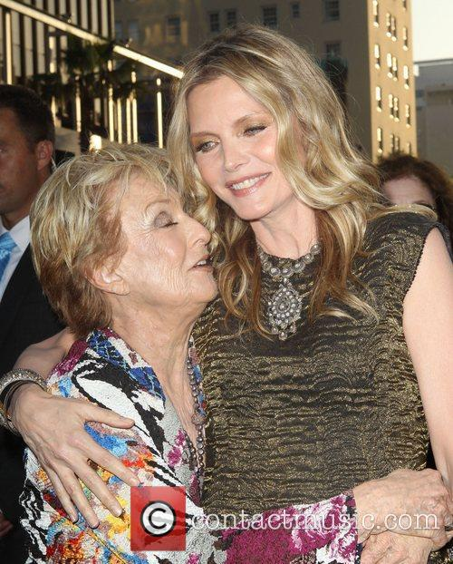 Cloris Leachman, Michelle Pfeiffer and Grauman's Chinese Theatre 4