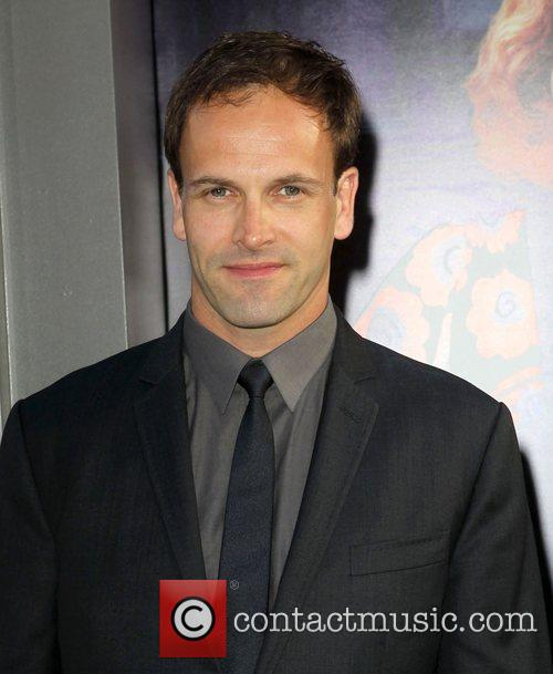 Jonny Lee Miller and Grauman's Chinese Theatre 1