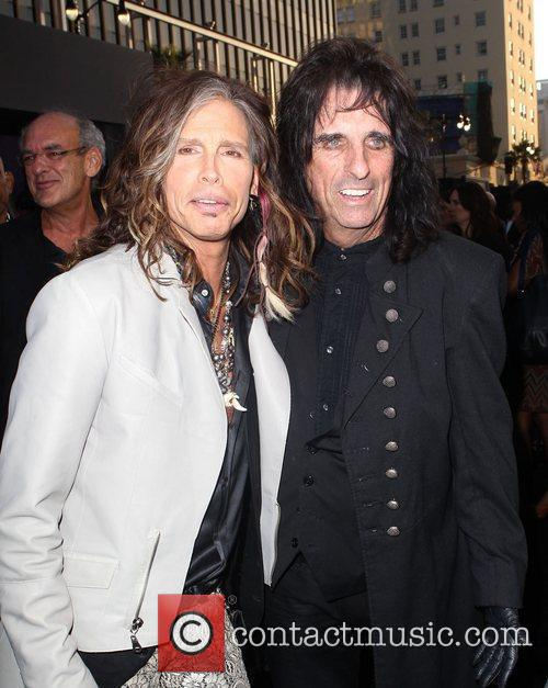 Steven Tyler, Alice Cooper and Grauman's Chinese Theatre 3