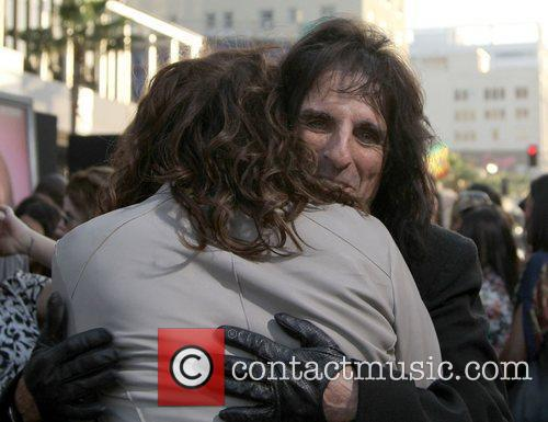 Steven Tyler, Alice Cooper and Grauman's Chinese Theatre 4