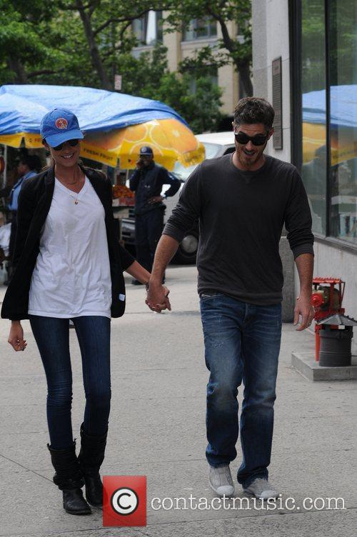 David Annable and Odette Yustman 4