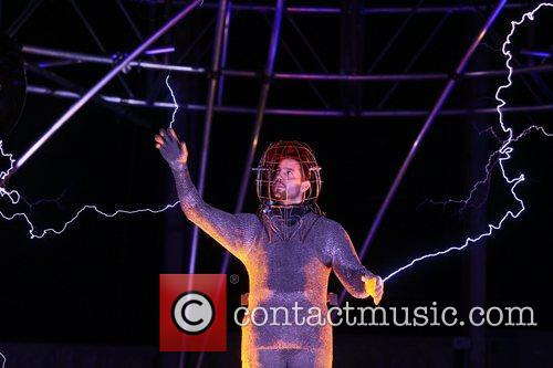 david blaine dressed in a chain mail suit 4115536