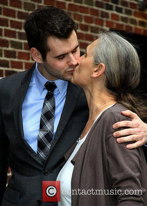 Zach Wahls kisses his momTerry Wahls  Celebrities...