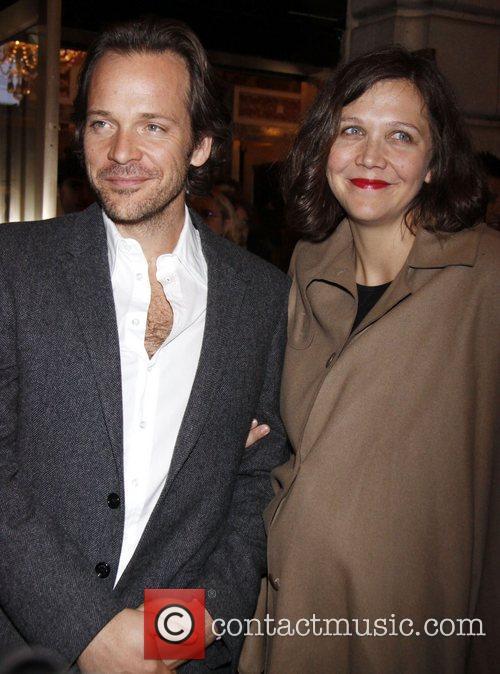 Peter Sarsgaard and Maggie Gyllenhaal 1