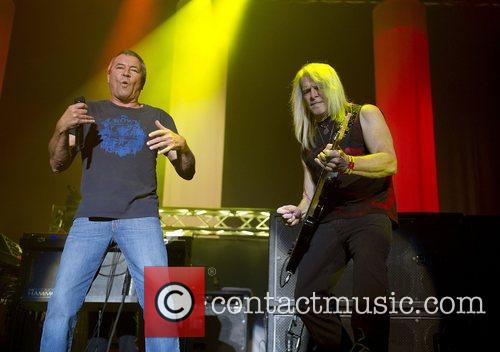 Ian Gillan and Steve Morse 3