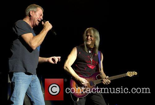Ian Gillan and Steve Morse 10