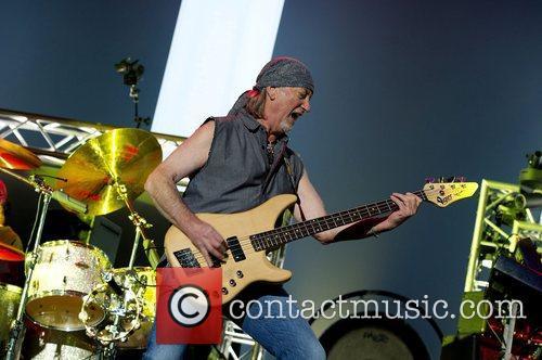 Roger Glover 4