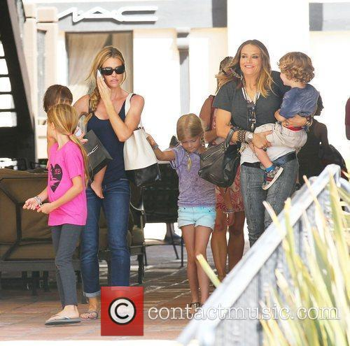 Denise Richards, Brooke Mueller and Charlie Sheen 4