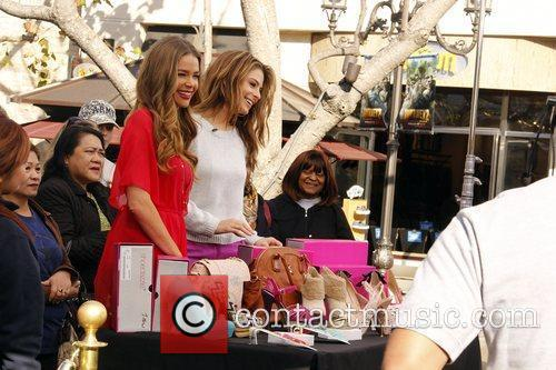 Denise Richards and Maria Menounos 7