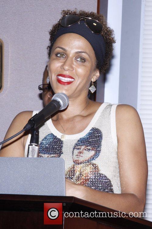 Nicole Ari Parker and Diversity 6