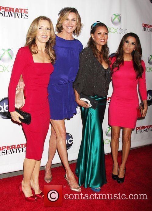 Felicity Huffman, Brenda Strong, Eva Longoria and Vanessa Williams 3