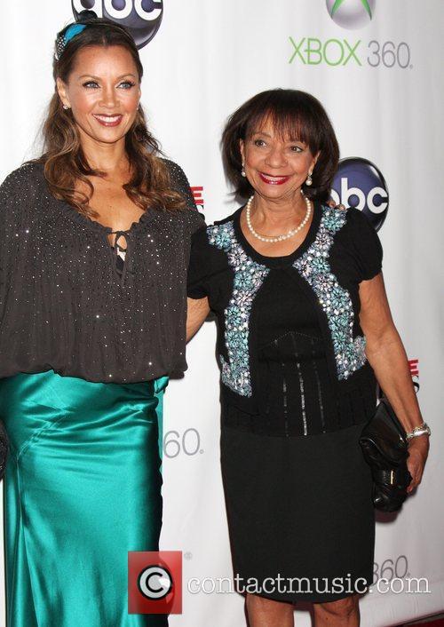 Vanessa Williams and Helen Williams