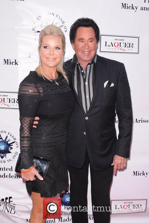 Wayne Newton, R and Kathleen Mccrone 3